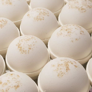 Oatmeal Goat Milk Bath Bomb